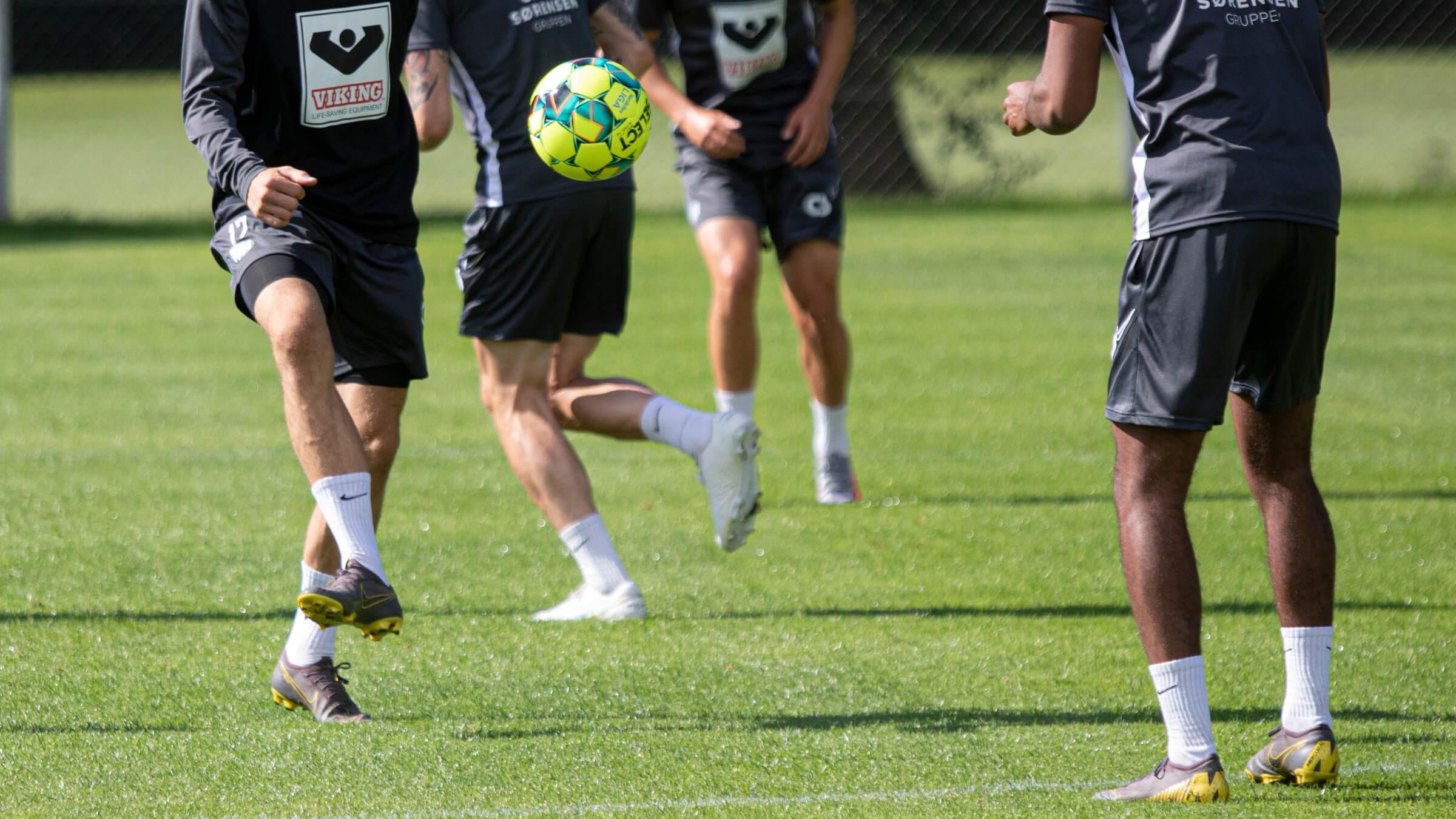 EfB tester østrigsk midtbanespiller